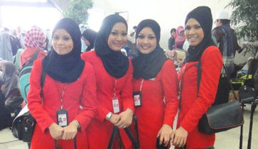 hijab Egypt Airways